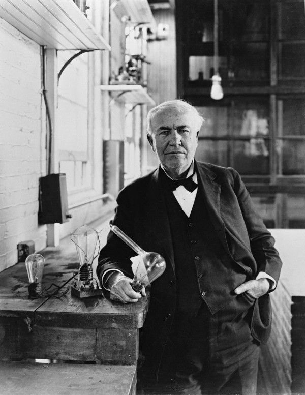 thomas edison the light bulb invention