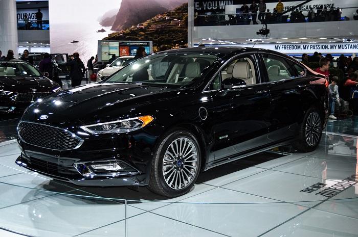 2017 Ford Fusion Hybrid FWD