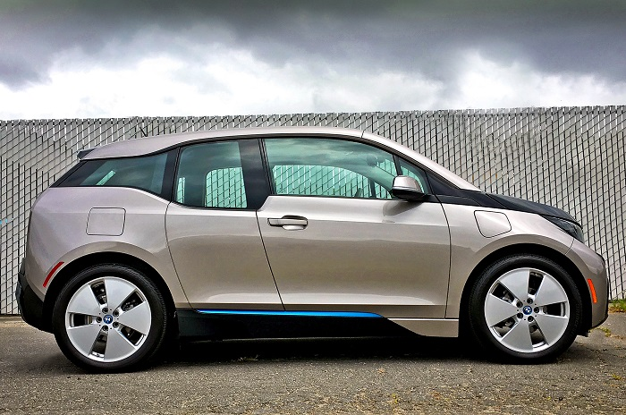 BMW I3 REX side view, one of the best hybrid cars