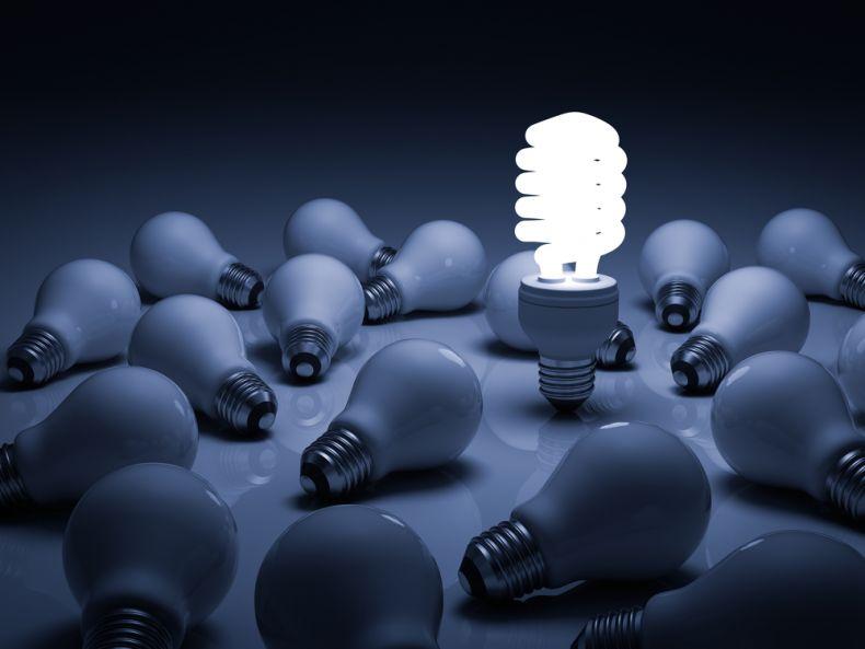 fluorescent lightbulb and incandescent lightbulbs