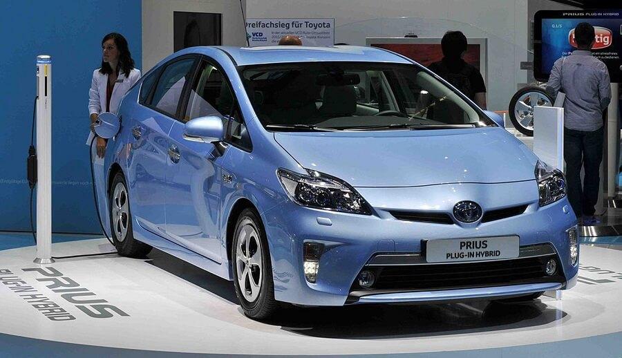 plug in hybrid car from prius